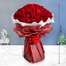 Majestic Roses: New Arrival Gifts in Dubai