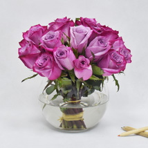Purple Roses in Glass Bowl: New Arrival Gifts in Dubai
